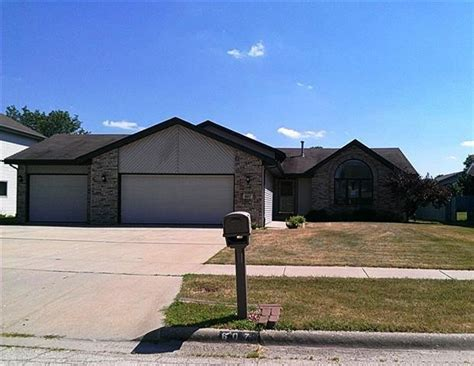 houses for sale in machesney park il 607 greglynn st machesney park il 61115 reo home details reo properties and bank