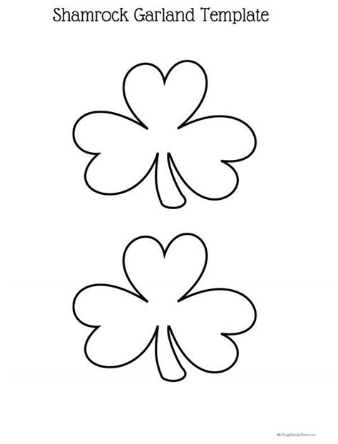 Easy St Patrick S Day Craft Diy Shamrock Garland Garland Template