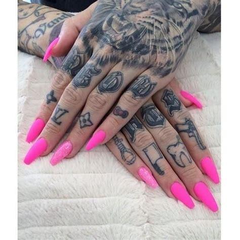 star tattoo on a finger jeffree star finger tattoos tatoos pinterest