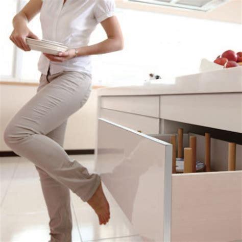 Kitchen Cabinet Drawer Slides Self Closing king slide 174 1a88f push to open soft close drawer slides
