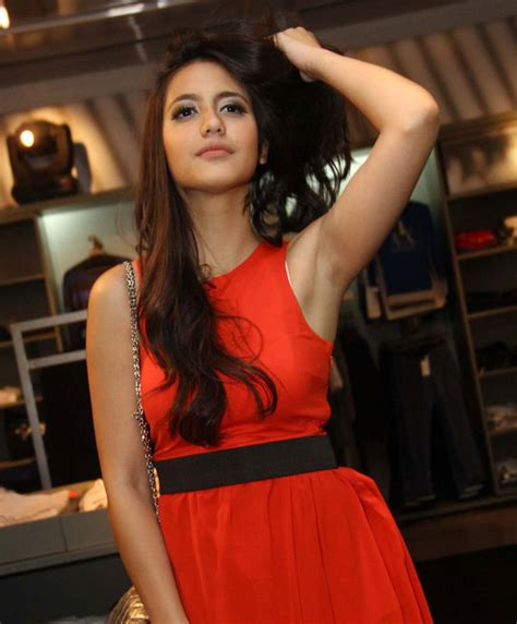 chelsea pevita pearce pearce pevita pictures news information from the web