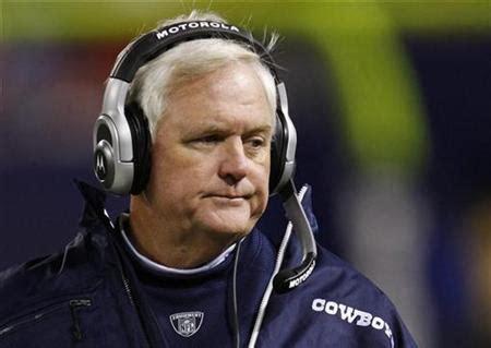Dallas Couches by Slumping Dallas Cowboys Coach Wade Phillips