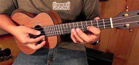 ukulele lessons jake shimabukuro how to play quot while my guitar gently weeps quot like jake