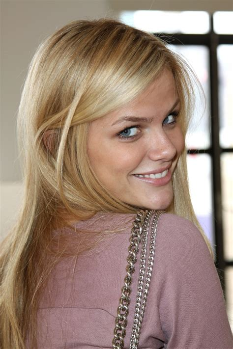 Extreme Makeover Home Edition brooklyn decker biography profile pictures news