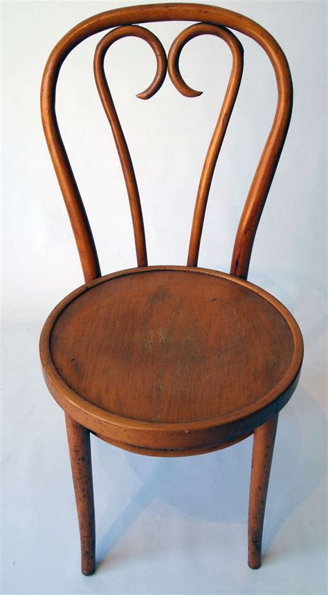 vintage habitat thonet style bentwood quot dinette bentwood bistro chair set of 4 bentwood bistro chairs at