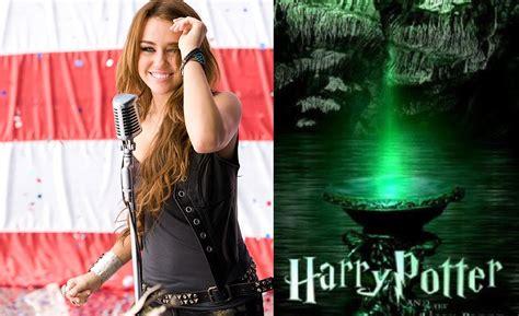 Kaos Miley Cyrus Smilers 07 smilers de coraz 243 n los chicos de harry potter cantan