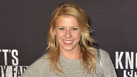 Jodie Sweetin of 'Fuller House' debuts a bob haircut on