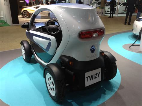 renault twizy vs smart fortwo review renault twizy cleantechnica