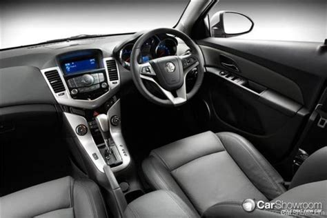 Review 2011 Holden Cruze Review and Road Test