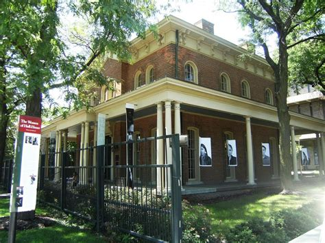 hull house chicago jane addams hull house chicago illinois real haunted place