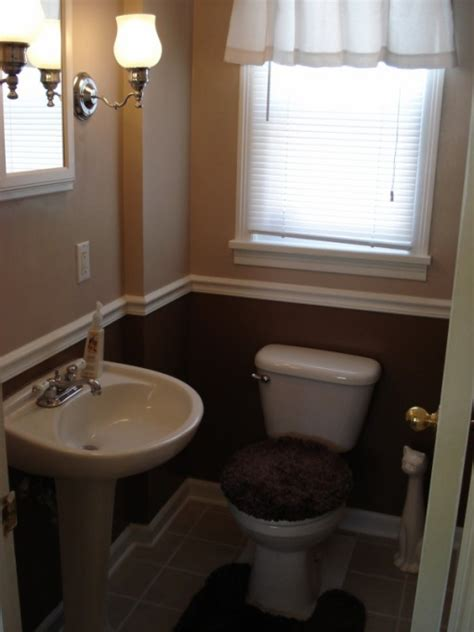 47 small half bathroom house decor ideas