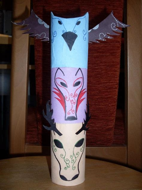 How To Make A Paper Totem Pole - totem pole from roll of toilet paper thanksgiving