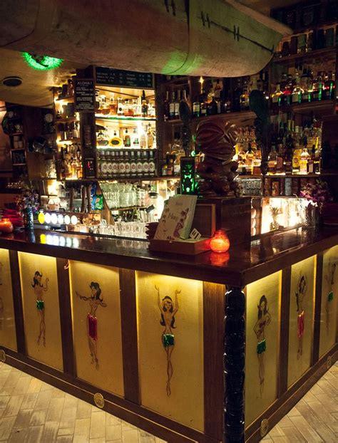 tiki bar top best 25 tiki bars ideas on pinterest outdoor tiki bar