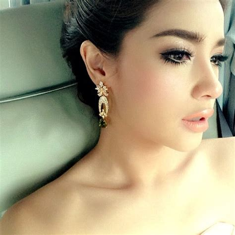makeup hair go to wedding in cambodia makeup style thai actress cambodian and thai weddings