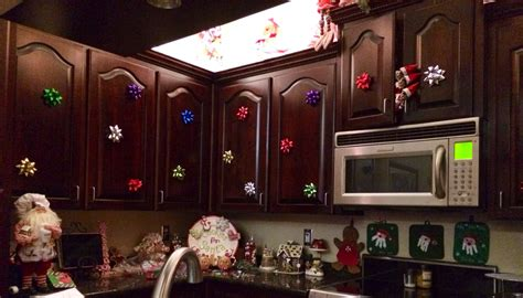 bows on kitchen cabinets the put bows all my kitchen cabinets our on