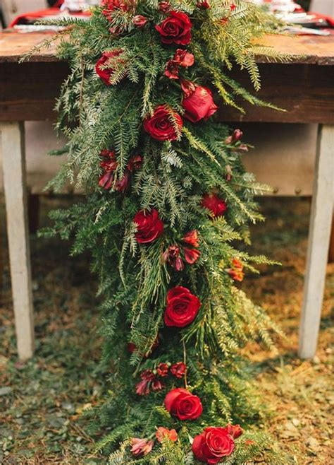 stunning christmas themed winter wedding ideas