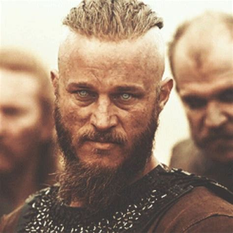 travis fimmel hair for vikings travis fimmel gustaf skarsgard vikings if i had a
