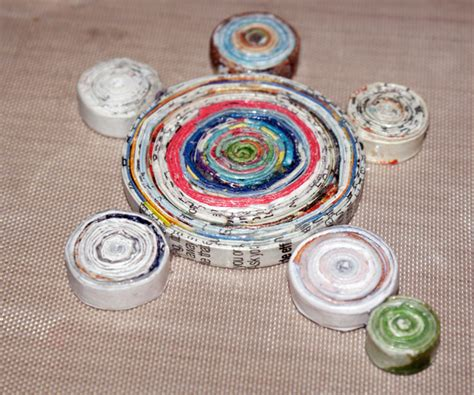Rolled Paper Crafts - eco friendly craft ideas from magazines
