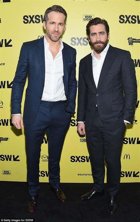 ryan gosling jake gyllenhaal jake gyllenhaal and ryan reynolds at life screening
