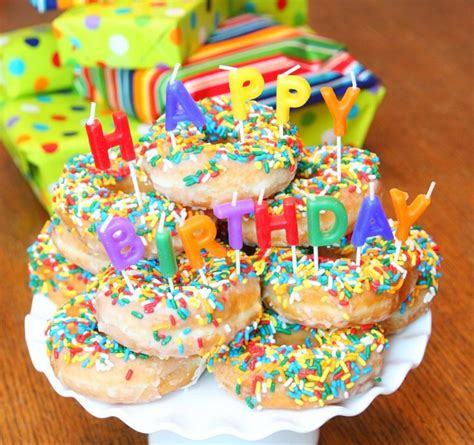 Happy Birthday Doughnuts by 25 Best Ideas About Donut Birthday Cakes On