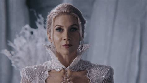 Elsa Broken White once upon a time elizabeth mitchell on what s ahead for