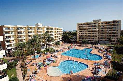 Bellevue Apartments Palma Majorca Abandoned Their Child At Majorca Hotel