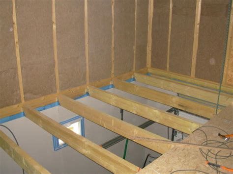 Faire Un Plafond Dans Un Garage by Le Triply Commence 224 234 Tre Fix 233 Au Sol Et Les Frein Vapeur