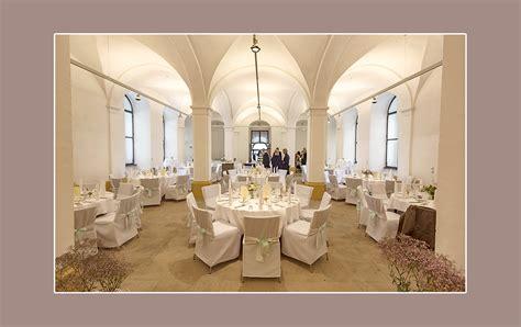 Saaldeko Hochzeit by Stuhlhussenverleih Tischdeko Hochzeitsdeko