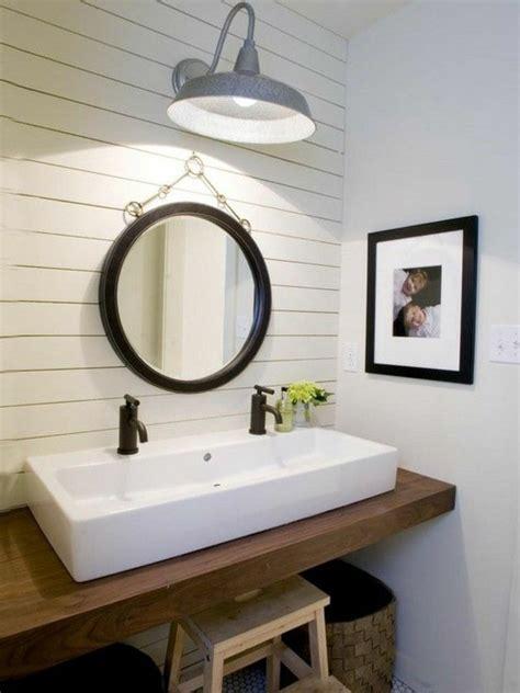 rustic farmhouse bathroom light fixtures lighting best ideas about with prepare ru la vasque 224 poser rectangulaire en 67 photos inspirantes archzine fr