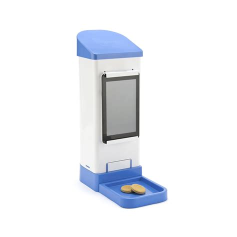 treat dispenser with icpooch wifi treat dispenser iot of things