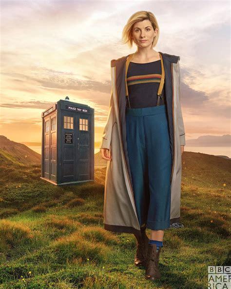 New Doctor Dress Ukuran Besar doctor who reveals the new costume for jodie whittaker s thirteenth doctor nerdist