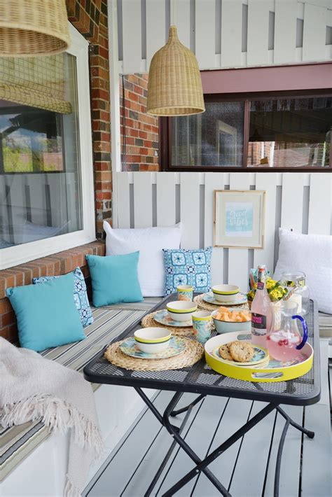 Decoration Patio by 12 Stylish Porch Deck And Patio Decor Ideas Setting For