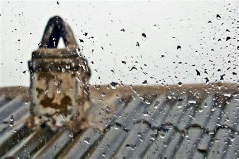 Chimney Leaks In Heavy - heavy means leaky chimneys houston tx