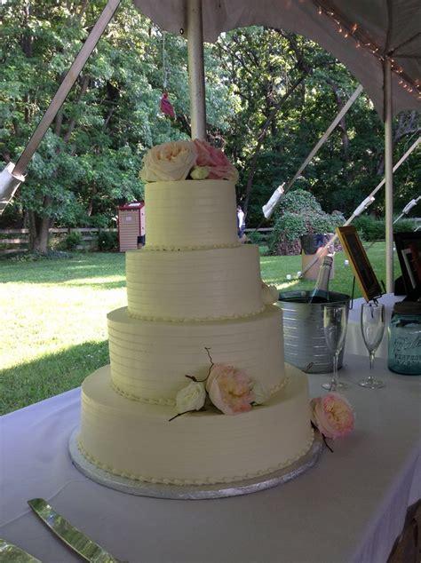 Backyard Wedding Cakes Outdoor Wedding Cake Cakes By Cathy Stewart