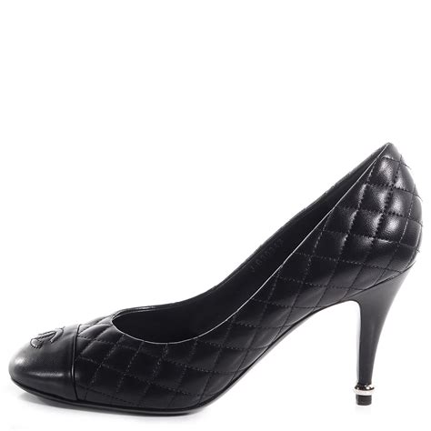 Chanel Quilted Pumps by Chanel Lambskin Quilted Cc Pumps 39 5 Black 78122