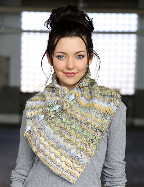 buttoned cowl knitting pattern knitting patterns galore buttoned cowl