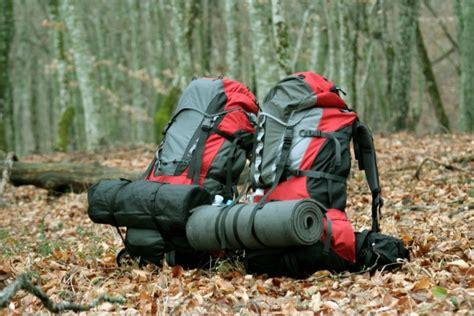 Trekking Shoes Consina Type Trifin choosing a backpack