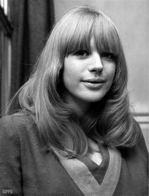 1975 hairstyles for women hair style years 60s 70s 1970 1971 1972 1973 1974 1975