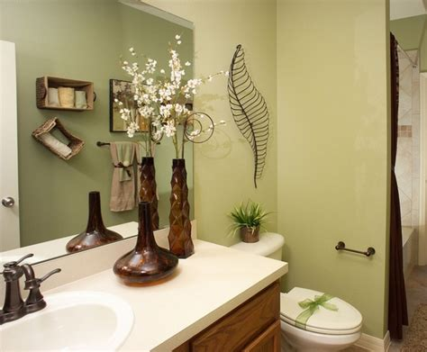 Decorating Ideas For The Bath Top 10 Bathroom Decorating Ideas On A Budget With Pictures