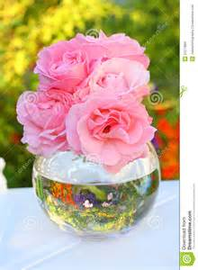 Delicate Vase Lovely Pink Roses In A Vase Stock Images Image 21277884