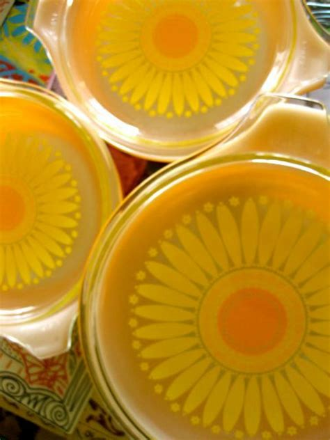sunflower pattern coreldraw 164 best images about pyrex fire king and corelle too on
