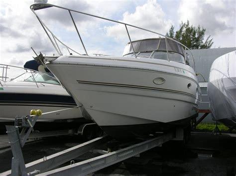 larson boats cruisers larson 330 mid cabin cruiser 2004 for sale for 1 000
