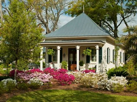 southern cottages darling southern cottage house decor pinterest
