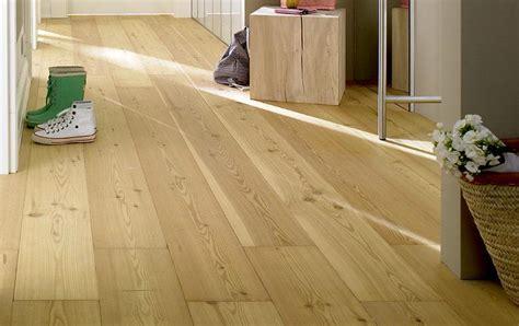 pvc boden vom holzboden entfernen dielenboden verlegen und pflegen sch 214 ner wohnen