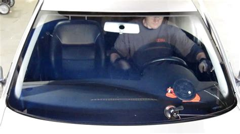 remove windshield from a 1994 mitsubishi montero windshield removal guide youtube