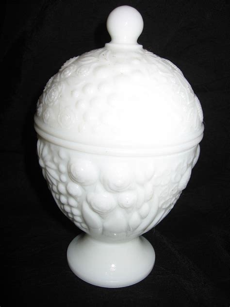 milk glass design vintage avon milk glass pedestal candy dish with lid