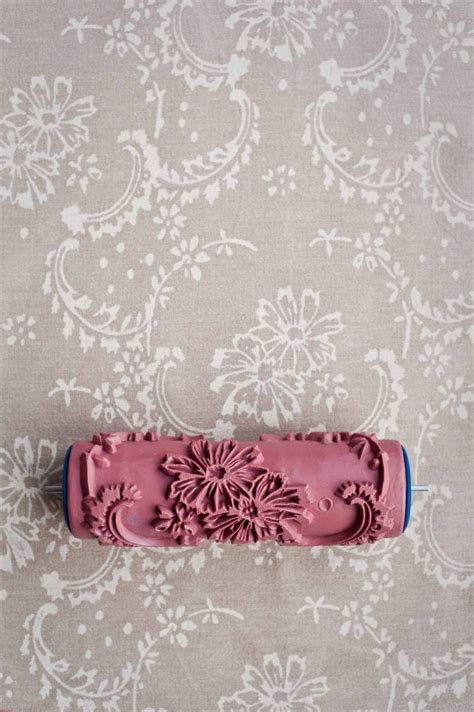 damask patterned paint roller no 27 from paint courage 25 b 228 sta patterned paint rollers id 233 erna p 229 pinterest