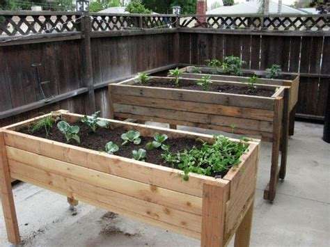 Portable Planter Boxes by 1000 Images About Portable Veggie Garden On