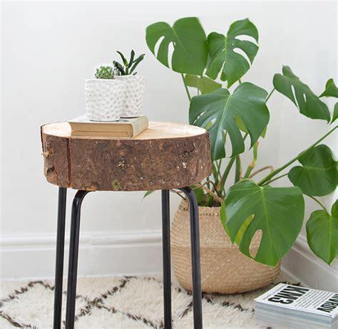 como fazer uma mesa lateral  tronco de madeira