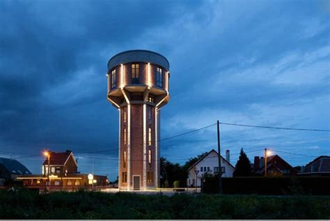 awesome home inside an water tower 14 pics